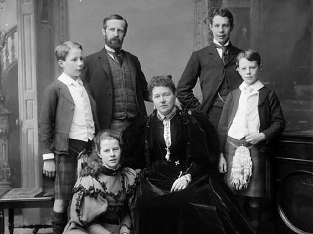 Lady Aberdeen and family